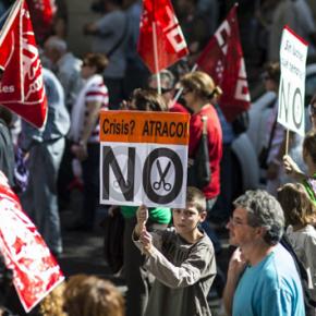 Ισπανία: Οι αίθουσες άδειασαν, οι δρόμοι πλημμύρισαν